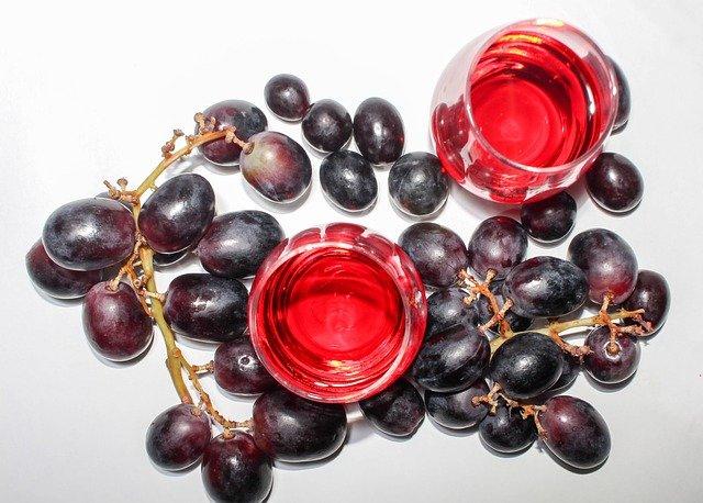reduce tiempo prensado con prensa neumática vino
